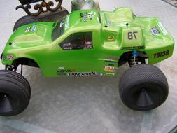 Team Associated RC10 T3 {{{ BUILT BUT NEVER RAN }}} IN PERFE